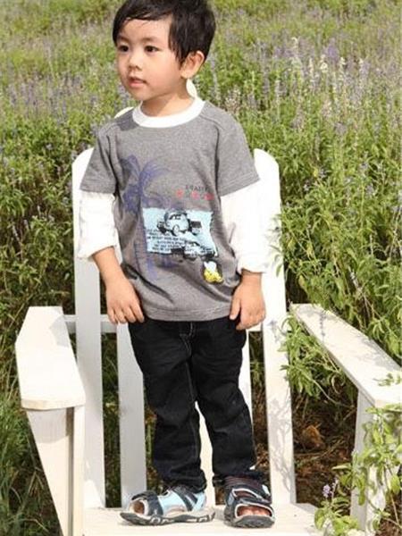 迪卡星语童装产品图片