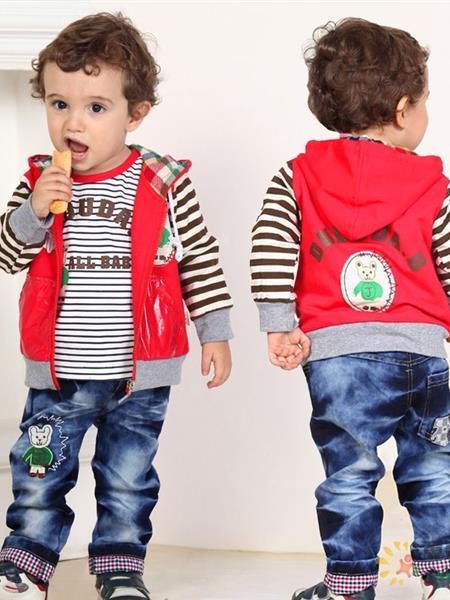 嘟嘟哒童装产品图片