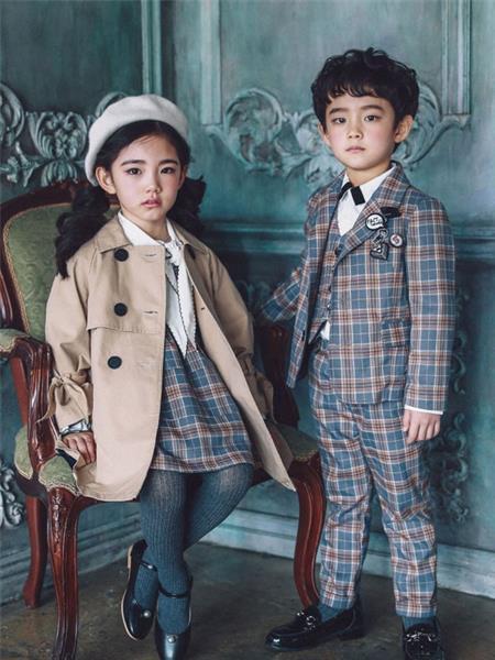 安娜爱登童装产品图片