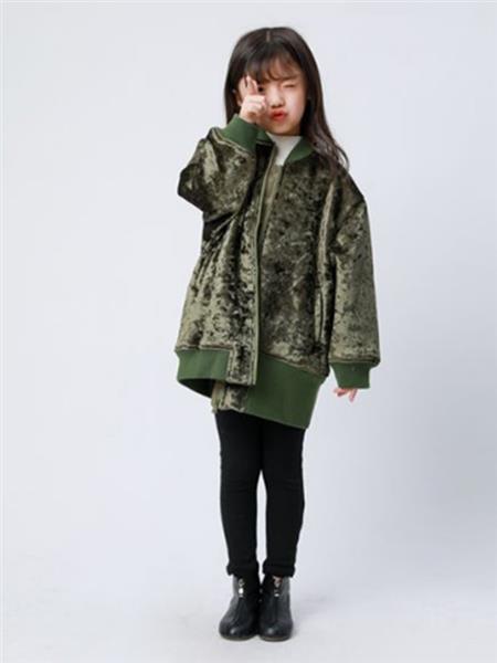唯心至爱童装产品图片
