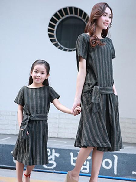 天使舞台童装产品图片