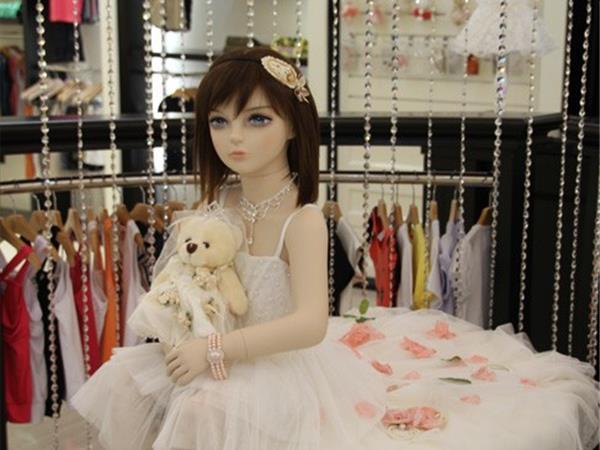米芝儿童装店铺展示