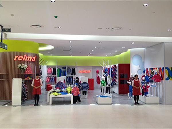 Reima童装店铺展示