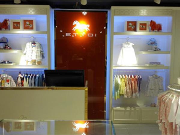ETTOI童装店铺展示