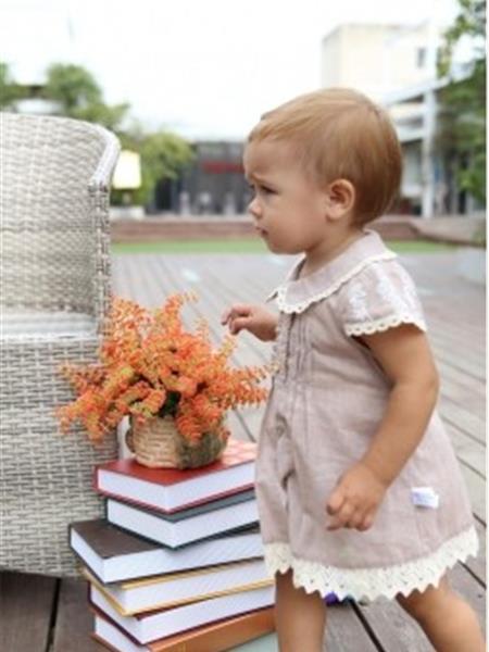 爱丽婴童装产品图片